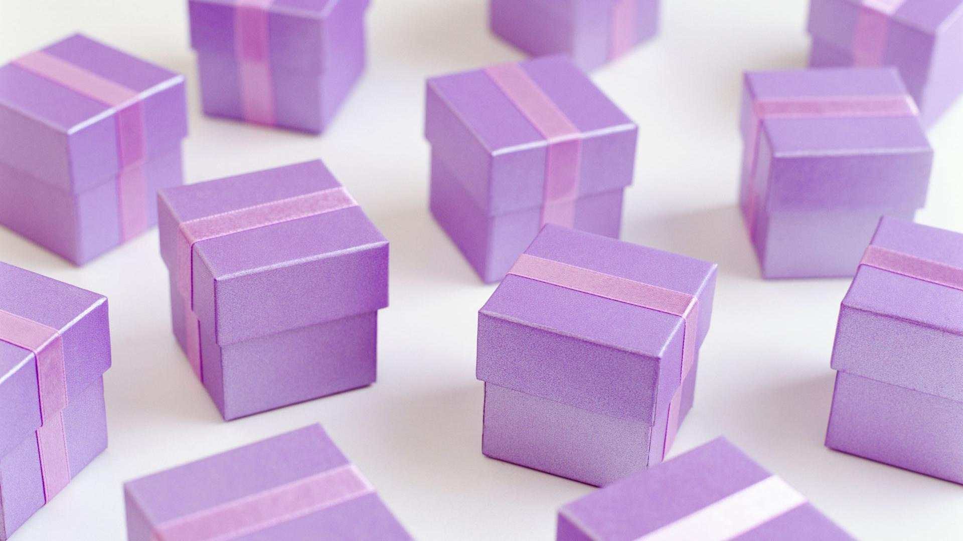 purple t boxes on christmas wallpapers et images wallpapers