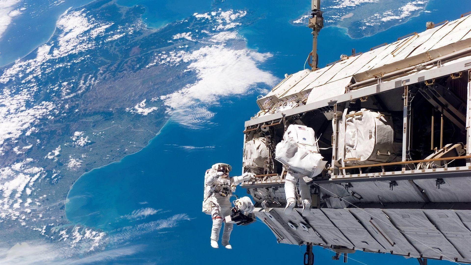 fond d'écran astronaute gratuit fonds écran astronaute, espace