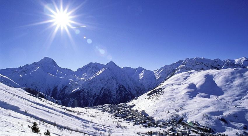 Pourquoi les Alpes est la meilleure destination pour aller skier