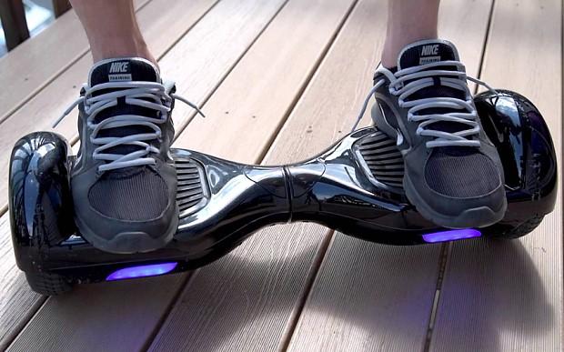 Hoverboard: le moyen de locomotion des geeks du 21ème siècle