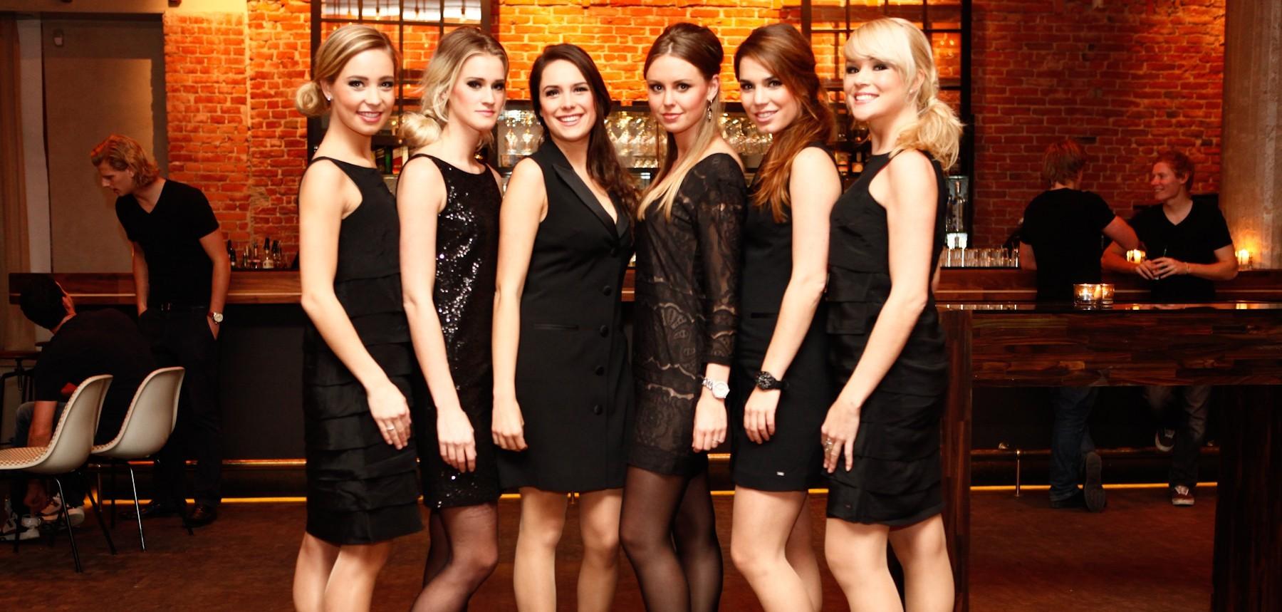 Le r le de l h tesse mannequin dans la promotion de marque for Hotesse dans les salons