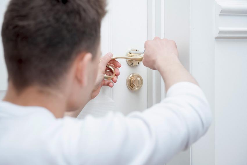 Comment r parer la serrure d une porte d entr e ngn mag - Probleme de serrure de porte d entree ...