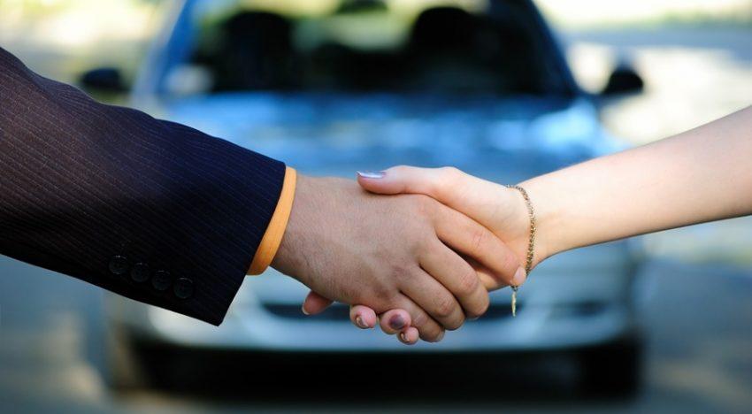 Comment choisir entre un crédit auto ou une location LOA/LLD ?