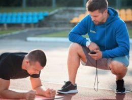 Les capacités et les qualités d'un coach sportif à domicile