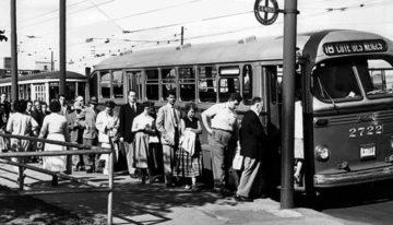 Quelle est l'origine du bus ?