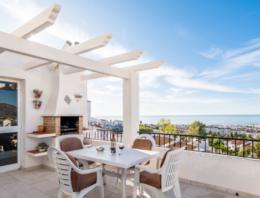 Acheter un bien immobilier à Nerja en Espagne, quels avantages ?