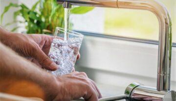 Le plombier pro pour installer une source d'eau minérale chez-vous !