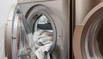 Les bonnes raisons de recourir au service de blanchisserie pour laver son linge